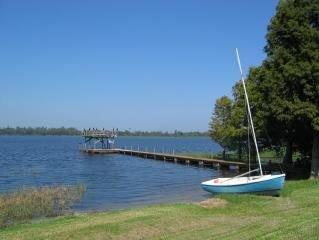 Lake Rochelle Rental (Lakefront)