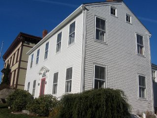 Experience One Of The Oldest Houses In Castine
