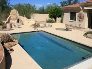 3 BR Vacation Home On Golf Course With Private Backyard Pool/Hot Tub/Fireplace