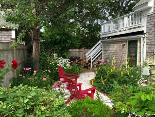 2BR - Private Deck Steps from the Beach in the East End with Parking