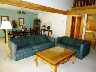 Trappers Condo with a Great View- Budget Friendly