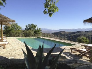 An idyllic retreat with private pool in rural And