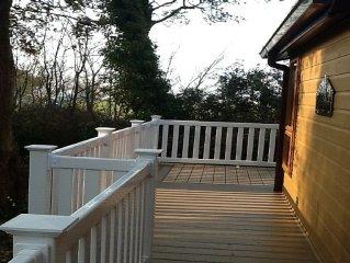 Modern Holiday Lodge in Sandhills near Avon Beach Mudeford