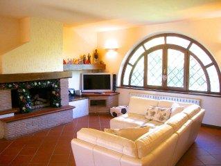 Magnificent villa in Versilia, Tuscany, close to