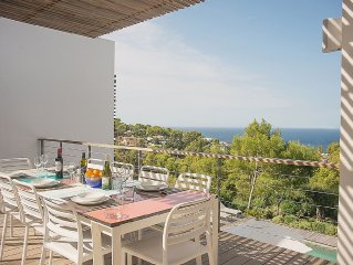 Villa With Private Pool, Gardens and Sea and Sunset Views