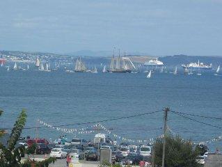 Holiday Home With Sea & Rural Views, Less Than A 5 Minute Walk To Beach & Pub!