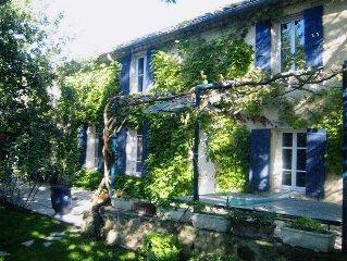 Mas XVIII Vaucluse Orange 15 people, pool, garden,