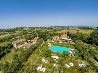 Luxury,Charming,in true Chianti, sleeps 22 or +/- pers.All comforts!