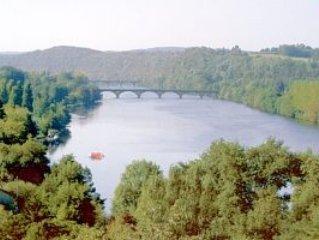Fabulous Views over the river Dordogne Value