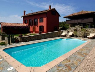 Casona Asturiana With Wifi, Pool And Barbecue Near Golf Beaches And Fish Harbour