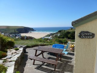 Ground floor apartment in Mawgan Porth with sea views, sleeps 4, dog friendly.