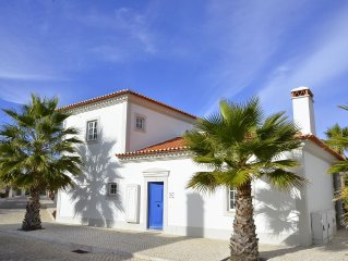 2 bedroom house Praia del Rey, WiFi, 3 swimming pools
