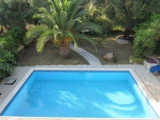 Private Nidri villa with private pool, lovely garden, in Nidri