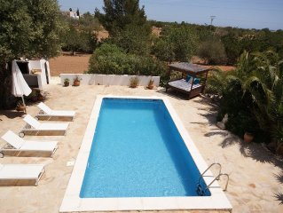Beautiful villa with swimming pool 5 minutes from famous Playa den Bossa and Se
