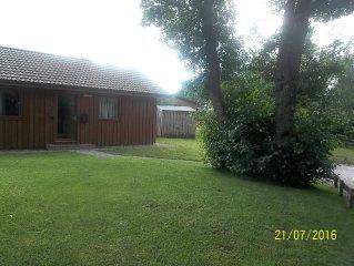Beautiful Lodge Overlooking Pond Sleeps 6