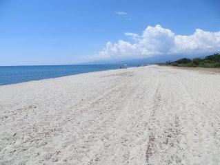 La tua vacanza in una casa in riva al mare in libertà e tranquillità.