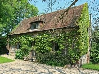 Weavers Cottage: A Rural Idyll In The Cranborne Chase Area Of Outstanding Natura