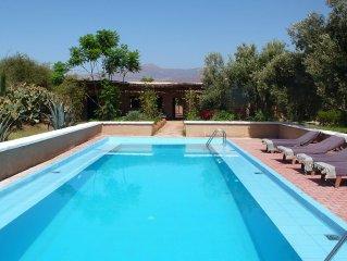 Maison traditionnelle, piscine et jardin au pied du Haut Atlas a 40 mn d'Agadir