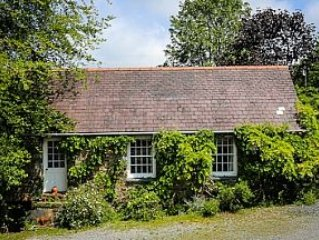 Stone Cottage In Rural Setting, Sleeps Four