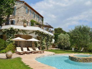 Stone-built, recently renovated Bastide, with private pool.