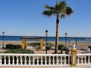 2 bed 2 bathroom apartment on the beach 100 metres to Marina. Superb location.