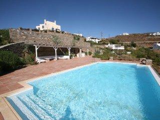 Beautiful Seafront Pool Villa Maria -Nefeli With Private Beach