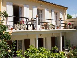 Villa avec jardin arbore pres du centre historique de Narbonne