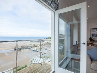 5 Star Luxury apartment  sleeps 4, spectacular views in perfect postcard setting