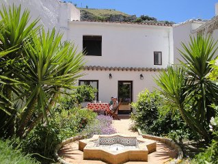 Beautiful village house in spectacular Andalucian