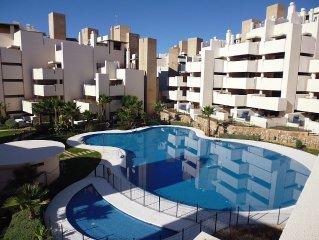 Luxury 5* Beach Apartment - Top Location - Beach, tropical garden, swimming pool