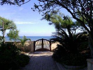 Splendida Villa in riva al Mare