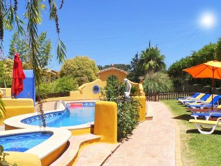 Half hectare property, 6 comfort rooms w/private AC&Bathroom, garden, pool, 4-1