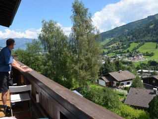 Sunny apartment with spectacular views and skiing from October til July
