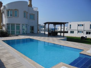 Beautifully fitted Villa with Private Pool 100m from Sea.