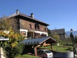 Taninges, tres bel appartement dans vieille ferme dans hameau, au coeur de la ha