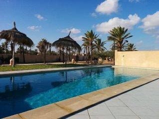 Tres belle maison calme et de tout confort avec piscine privee sans vis a vis