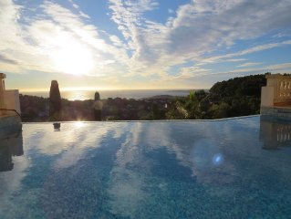 Luxury Villla with stunning Sea Views and Infinit