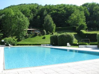 Como Lake Villa  with private and shared garden, heated swimpool, fully equipp