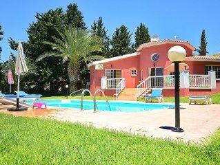 Three Bedroom Bungalow Villa With Private Pool & Sea Views