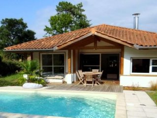 SPACIOUS VILLA 6/8 PEOPLE WITH HEATED SWIMMING POOL AND WIFI, GOLF AND BEACH WA