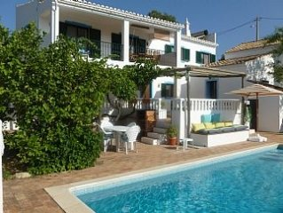Country Villa and Cottage with Private Pool in Rural Location