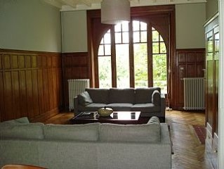 Private Detached House With Secure Pool And Secure Access To River