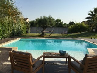 Superb villa in a quiet pool and outbuildings (10 beds / 5 rooms)