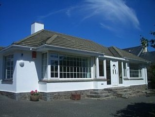 Bungalow In Lovely Holiday Area With Everything You Require!