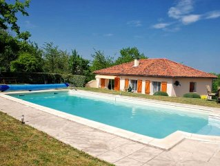 Villa With Private Pool With Stunning Views Over The Dordogne valley