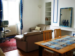 Close to the port, apartment intramural 4 people,