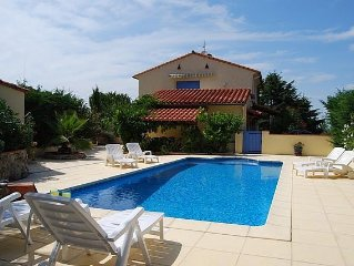 1st floor Apartment in Detached Villa with Large Private Pool