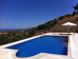 Luxury Bellapais Villa With Private Pool & Panoramic Views Of Sea Nr Kyrenia