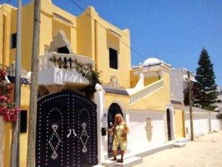 Djerba Midoun: ' 3 BEAUX APPARTEMENTS dans VILLA DJERBIENNE TYPIQUE.'  TT CONFOR