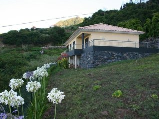 Bungalow for 2-6 people.Quiet location overlooking the sea, mountains and Boave